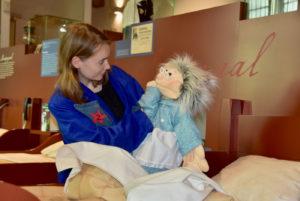 Rondleiding voor kleuters in het Elisabeth Weeshuis in Culemborg